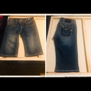 Girl sz 16 Miss Me Capri shorts